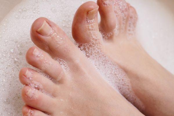足の臭いを消すための足ケア