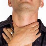 食べ物や唾を飲み込むと喉が痛い!熱はない時の原因と対処法6つ
