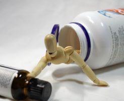 咳止めシロップの依存症イメージ